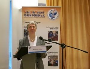 Roswitha Stille Bundesvorsitzende begrüßt alle Teilnehmerinnen und Teilnehmer